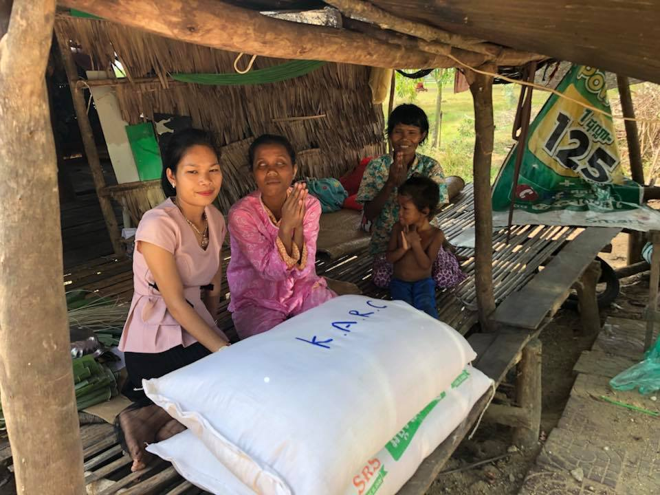 Takeo family receives rice